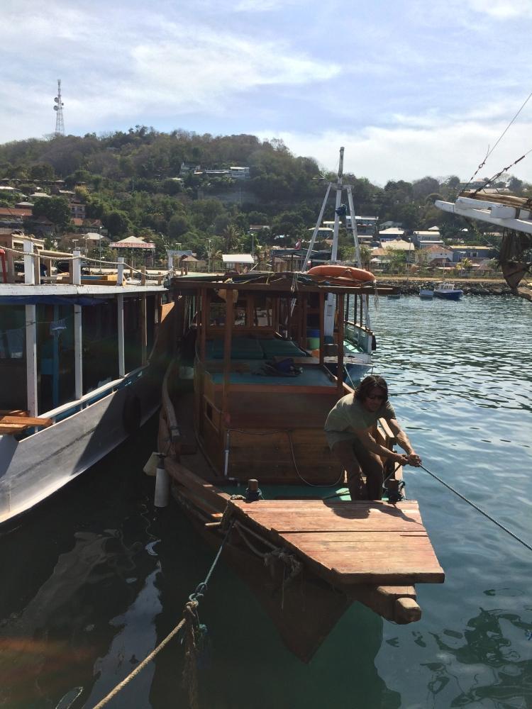 Honeymoon Trip ke Flores - Komodo Island #WonderfulIndonesia (4/6)