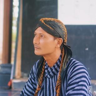 Bapak Dukuh Desa